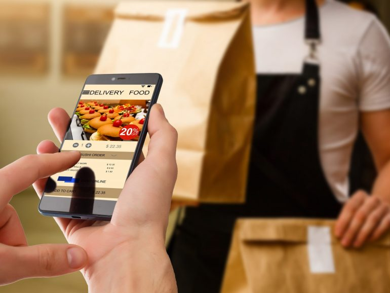 Here's Why Your Restaurant Mobile App NEEDS an Upgrade